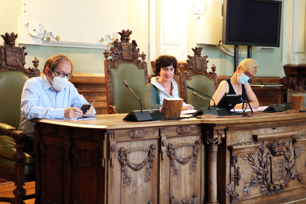 María Sánchez durante el último consejo de administración de Aquavall